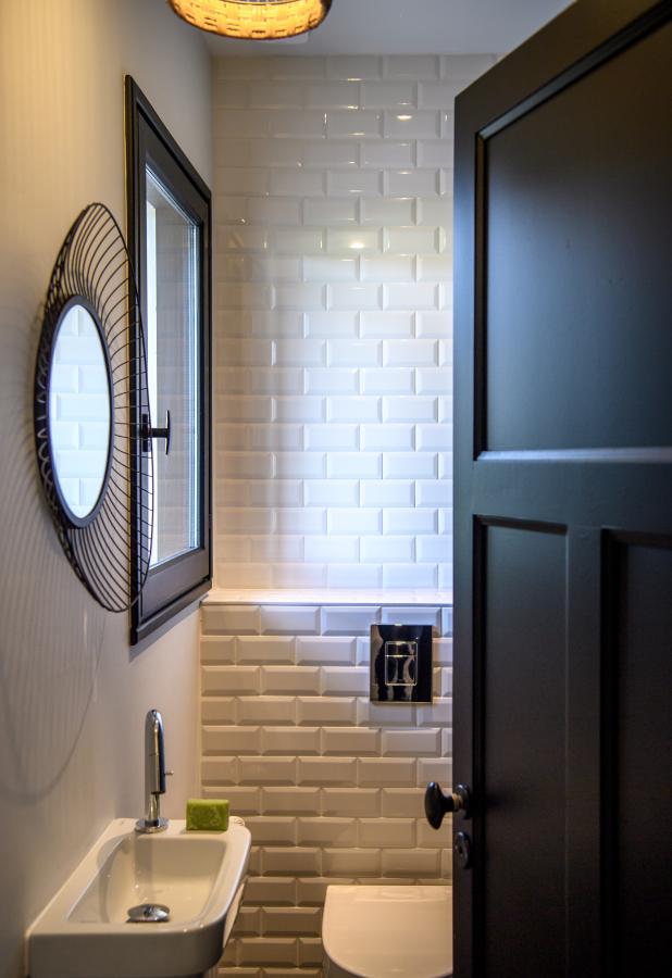 Artitude Architecte d'intérieur à Arcachon et Bordeaux toilettes carrelage metro noir et blanc